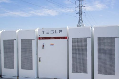 Tesla Built The World's Biggest Battery In Under 100 Days