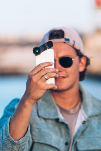Black Eye Announces New, Versatile Smartphone Clip-On Lenses - CES 2019