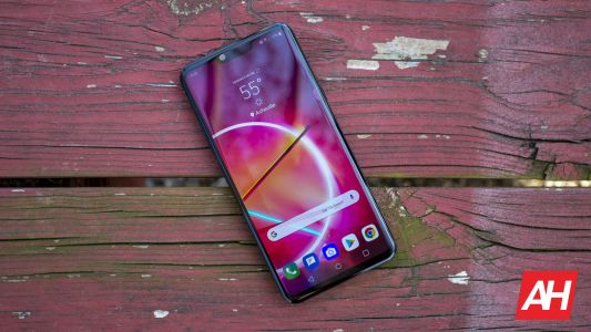 5 Reasons Why You Should Buy The LG G8 ThinQ