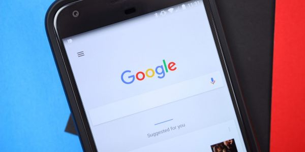 Google app 7.16 working on tweaks to customizable search bar, persistent bottom bar, more