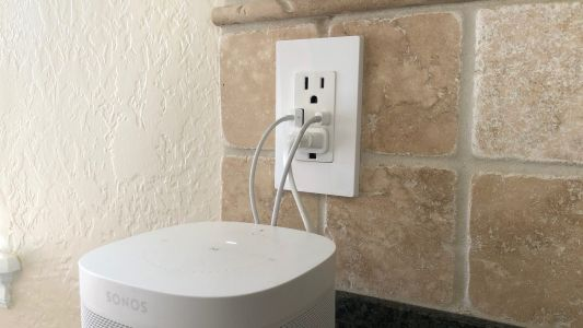 Review: Leviton's USB-C & USB-A wall outlet offers lots of charging convenience
