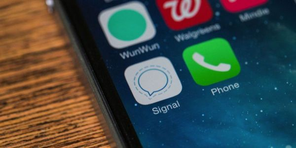 WhatsApp founder gives $50M to fund future development of Signal messenger