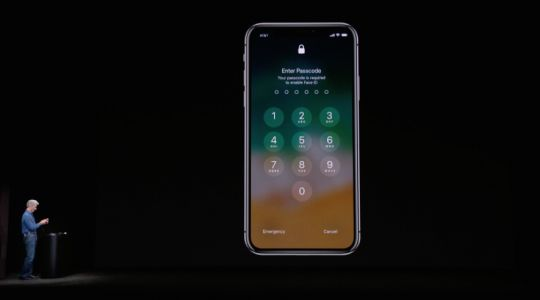Watch iPhone X Face ID get stage fright at its Apple event debut