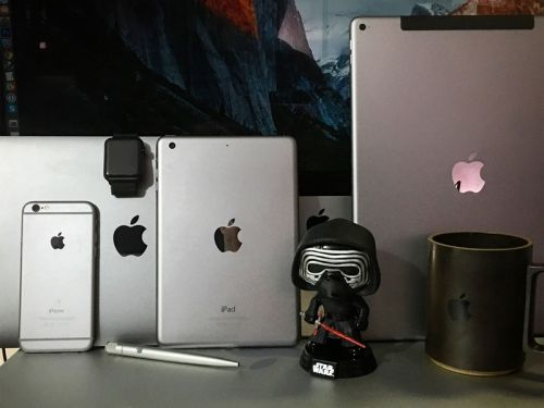 How to Accessorize your Space Gray iPhone