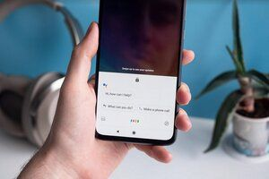 Google tests feature that allows Assistant to send texts from the lock screen