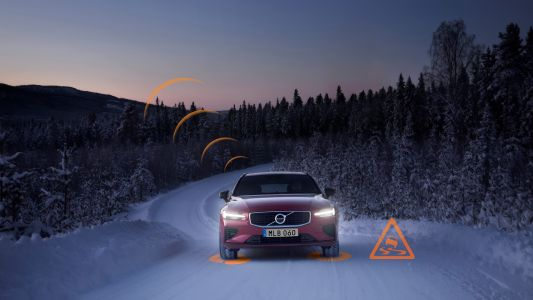 Volvos across Europe will warn each other about icy roads this winter