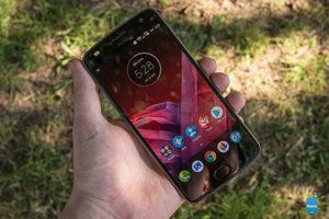 Verizon customers can get the Moto Z2 Play for $1 a month or $24 total at Best Buy