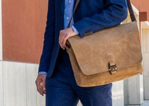 WaterField's new messenger bag is perfect to carry around your laptop