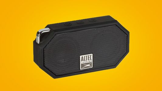 Wireless Bluetooth speaker for just $12? Thank you Amazon for this Cyber Monday deal