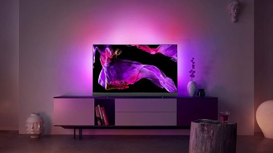 Philips flagship OLED TVs get £500 off for Black Friday weekend