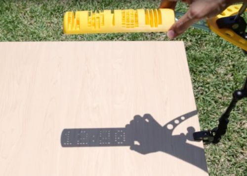 Awesome 3D Printed Digital Sundial