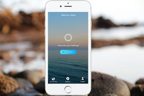 Relax with the Aura Meditation App premium subscriptions