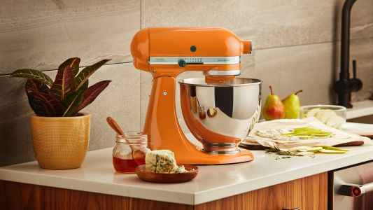 This handy tip could net you a hefty saving on a KitchenAid mixer on Black Friday