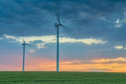 Renewables, conservation start pushing fossil fuels off the US grid