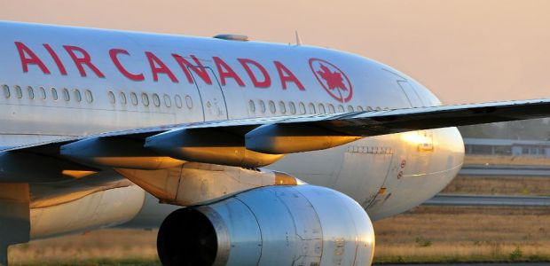 LG Phone Caught Fire Aboard Plane, Flight Was Delayed And Passenger Suffered Minor Burns