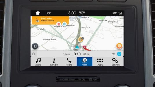 Waze Launches on Ford's SYNC 3 Infotainment Systems Through iOS AppLink