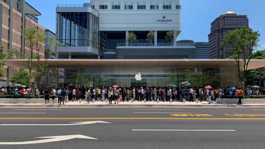 Grand opening: Apple Xinyi A13 brings a taste of Apple Park to Taipei