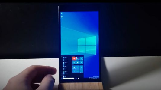 Want Windows 10 ARM on your Lumia 950 XL phone? This tool makes it possible