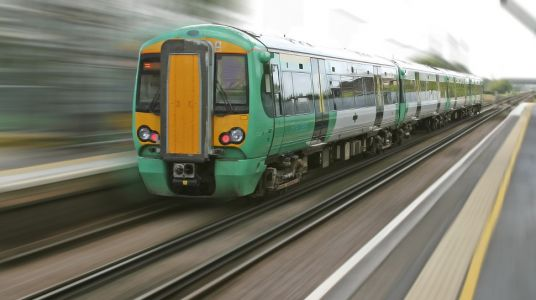 Government to test 5G on UK railways
