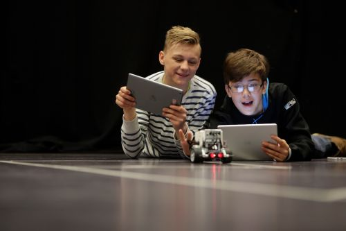 Apple Stores in Europe Offering Free Coding Sessions for Code Week