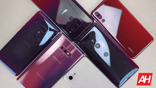Smartphone Shipments Could Reach 650 Million Units In H1 2021