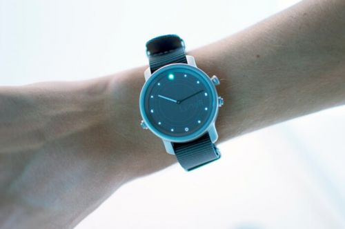 The New LunaR Smartwatch Claims To Be Fully Solar Powered