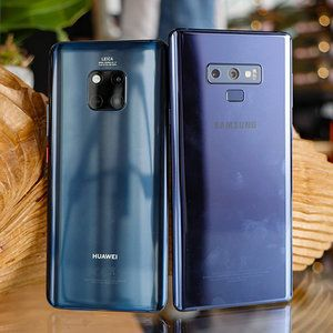 Huawei Mate 20 Pro vs Samsung Galaxy Note 9: first look