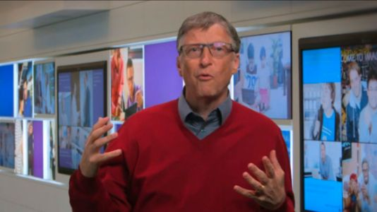 Bill Gates to Apple: Help investigators access phones or risk regulation