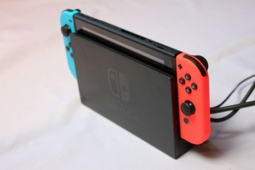 Report: Nintendo planning two new Switch models
