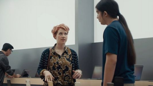Samsung Ad Pokes Fun at Apple Genius Bar and Touts Faster Galaxy S9 LTE Speeds