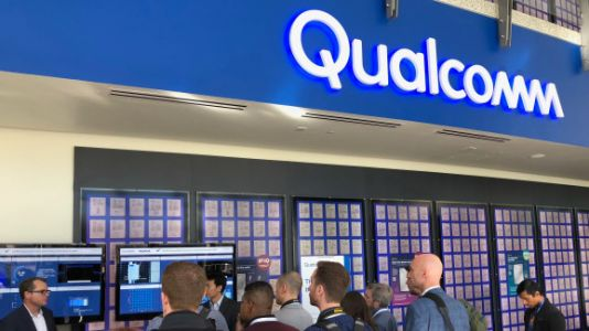 Qualcomm signs 19 phone makers and 18 carriers for global 5G launches in 2019