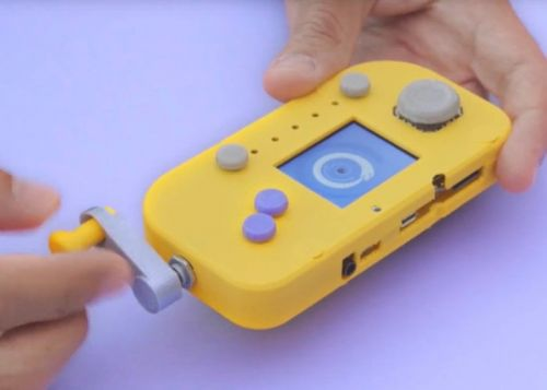 DIY PyGamer hand crank gaming console