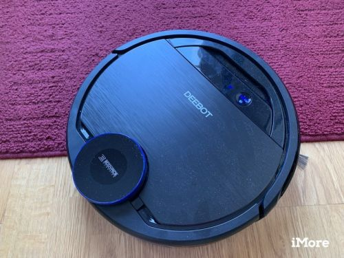 Does the Deebot OZMO 930 work with HomeKit and Siri?