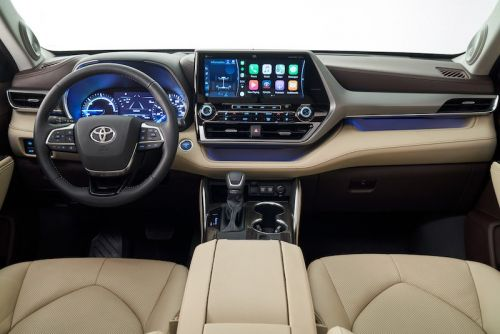 CarPlay Makes First-Ever Debut in 2020 Toyota Highlander, Nissan Versa, and All-New Hyundai Venue