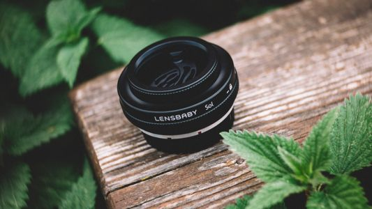 Lensbaby goes back to basics with the Sol 45