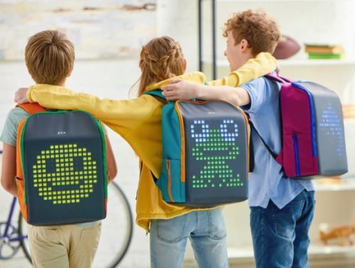 Pix Mini lets kids play games on a smart backpack