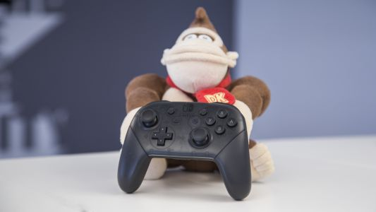 Nintendo Switch Pro Controller and Super Mario Odyssey bundle is on sale today