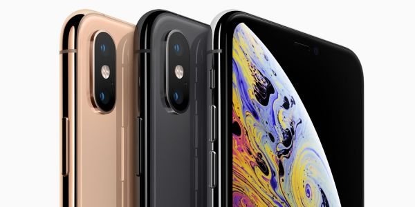 Latest iPhone XS video shows off Depth Control and Memoji, Apple Watch Series 4 touts fitness features