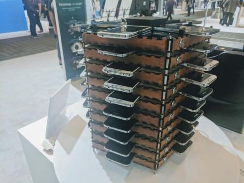 This Bitcoin Mining Rig Is Made From 40 Old Samsung Galaxy S5 Smartphones