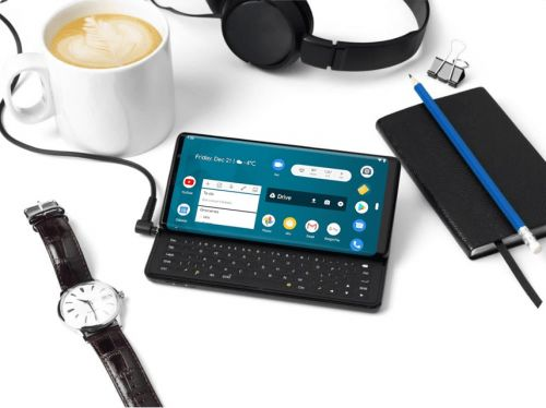 Need A Keyboard With An Android Phone Attached? Here's One