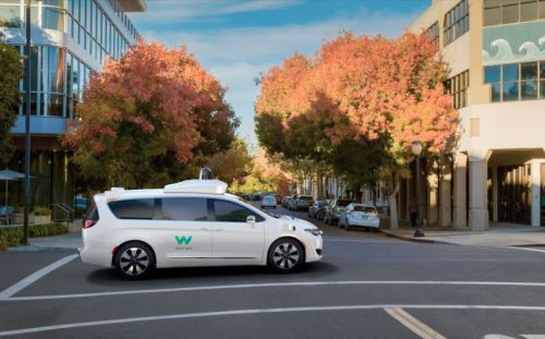 Robotaxi permit gets Arizona's OK; Waymo will start service in 2018