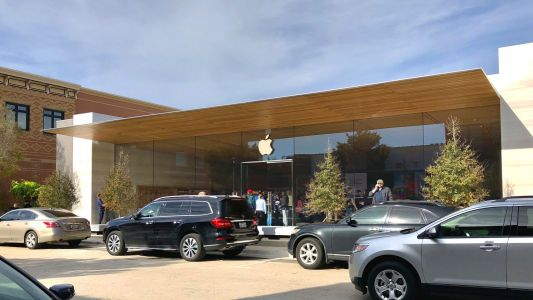 Redesigned Southlake, Texas Apple store now open in time for iPad Pro launch