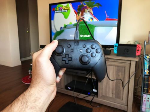 How to use a wireless Nintendo Switch controller in wired mode
