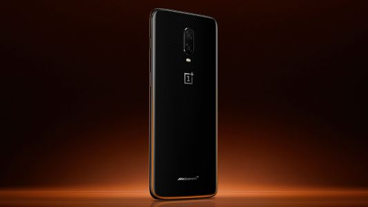 You can now buy the OnePlus 6T McLaren Edition in India