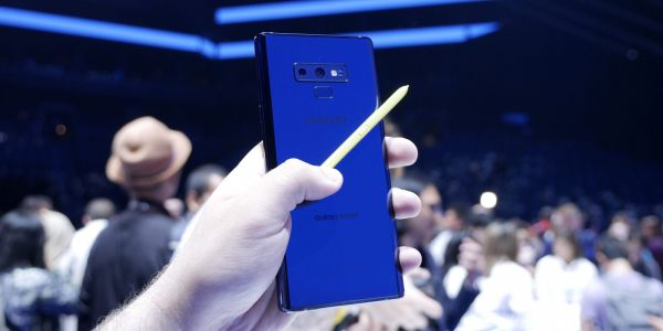 IPhone X outperforms Samsung's brand new 6.4-inch Galaxy Note 9