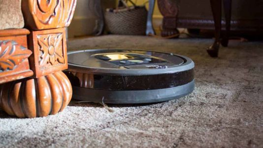 The iRobot Roomba 960 Is Back Down To Just $269