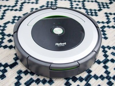 Save more than $50 on the iRobot Roomba 690 robot vacuum