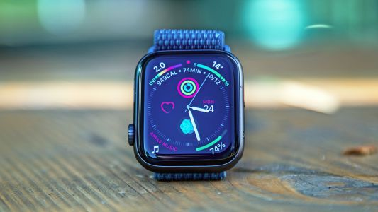 The Apple Watch 5 tipped to come in ceramic and titanium versions