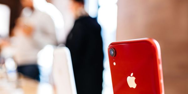 Apple might move iPhone production out of China if tariffs hit 25% - Bloomberg