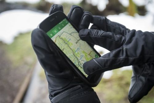 Land Rover Explore Smartphone Coming To Vodafone UK